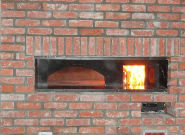 Gas/wood-fired (mix) pizza oven  125