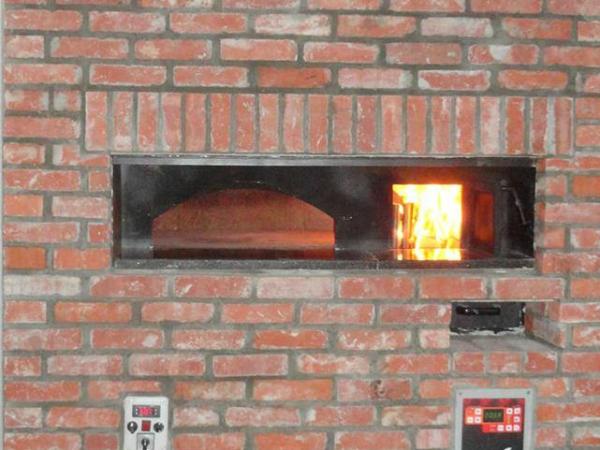 Pizzaofen 140 mit holzfeuerung