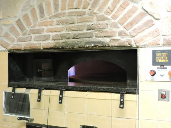 Revolving gas/wood-fired oven 140